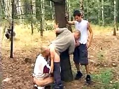 Three guys take up with the tongue every other outdoors