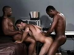 Black chap getting nastily pounded