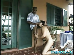 Black gay guy sucked by young Chicano outdoor