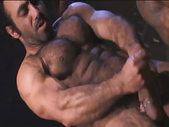 Hairy muscle man-lover cums in archeological dig
